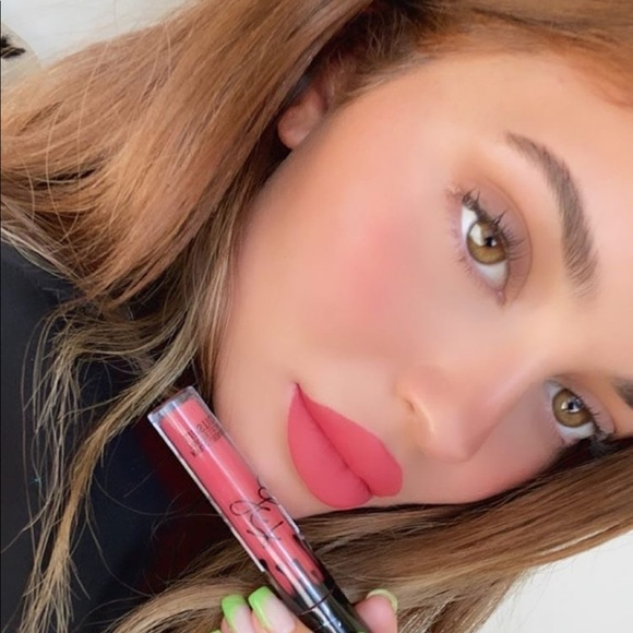 Kylie Cosmetics Other - Leave Him On Red Lip Kit Kylie Cosmetics